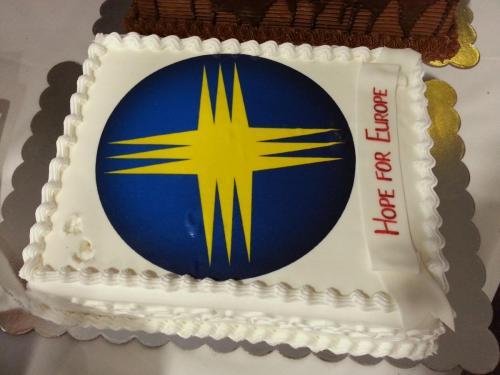 18. Celebration Cake - 25 Years